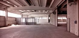 Buniyad - buy Industrial Shed in Noida Sector 6 of 338.0 SqMt. in 4 Cr 2